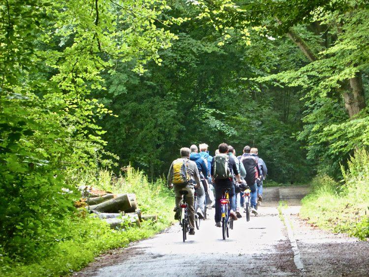 Waar het fietspad door het Bos zal komen is nog niet bekend